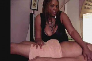 Black busty MILF gives sensual massage instructional06