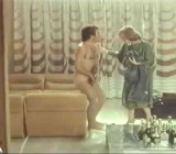 Emanuelle & Francoise - Le sorelline - 1975 - CFNM & mixed nudity scenes