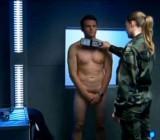 Mystere S01E03 CFNM scene