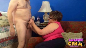 CFNM dick trickster gets cock exmanined & stroked by mature woman